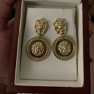 Donatella (gold lion) Earrings